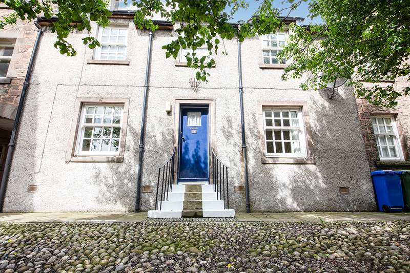 2 Bedrooms Apartment Flat for sale in Bow Street, Stirling, FK8