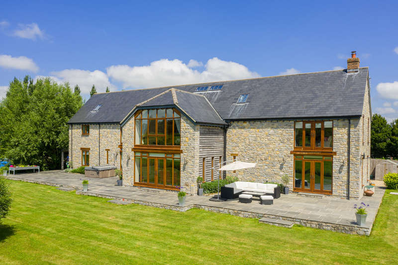 5 Bedrooms Detached House for sale in Lydford On Fosse