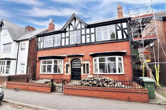 5 Bedrooms Property for sale in Thompson Street, Willenhall