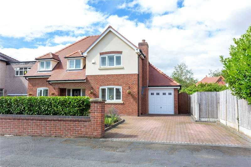 4 Bedrooms Detached House for sale in Beech Grove, Leigh, Greater Manchester, WN7