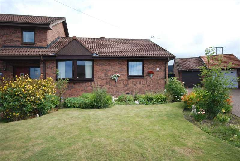 3 Bedrooms Bungalow for sale in Knockrivoch Place, Ardrossan