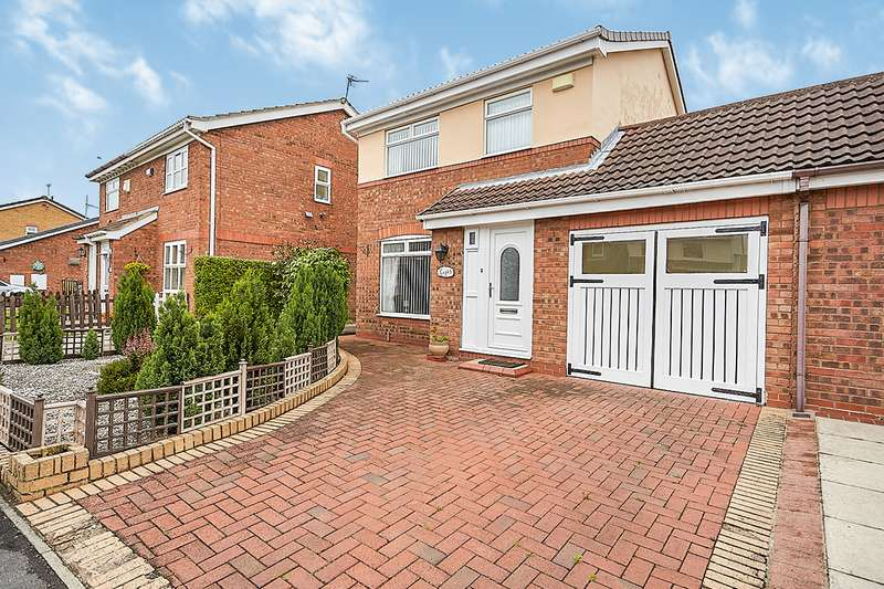 3 Bedrooms Link Detached House for sale in Coronet Close, Hull, HU6