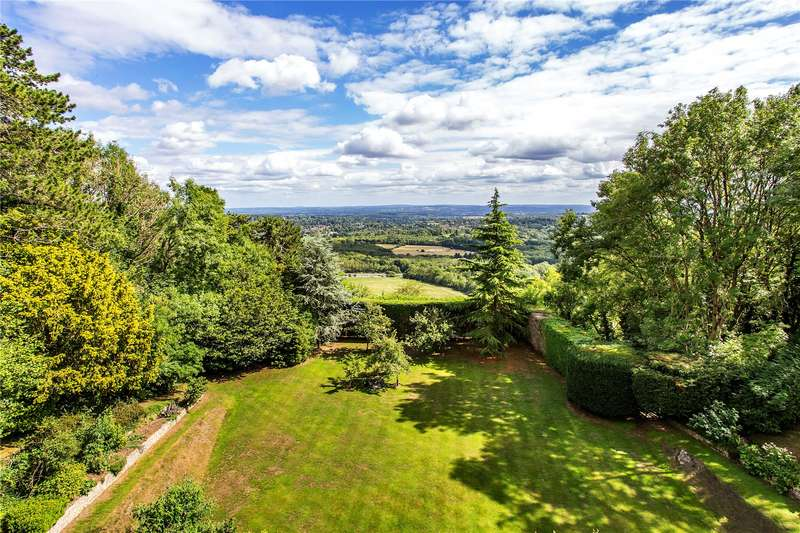 6 Bedrooms Detached House for sale in The Ridge, Woldingham, Surrey, CR3