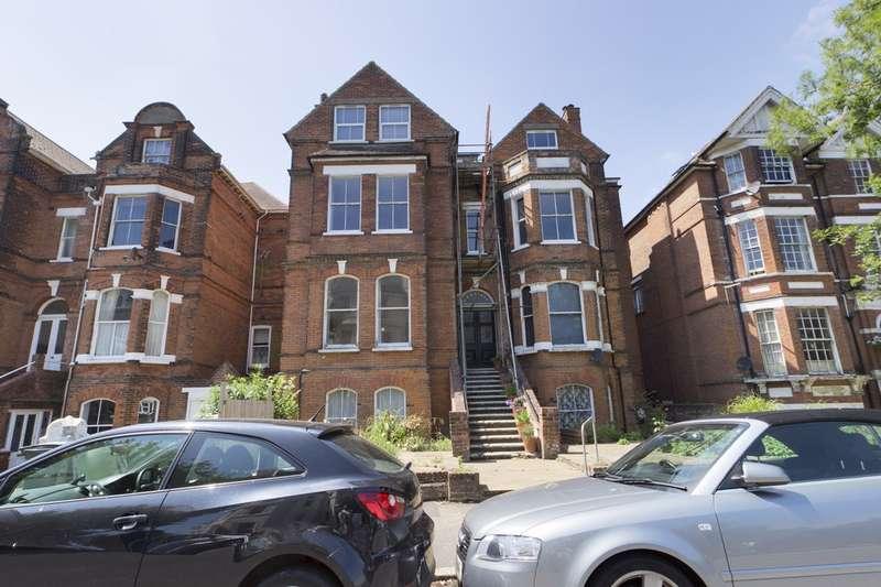 Property for rent in Trinity Gardens, Folkestone CT20