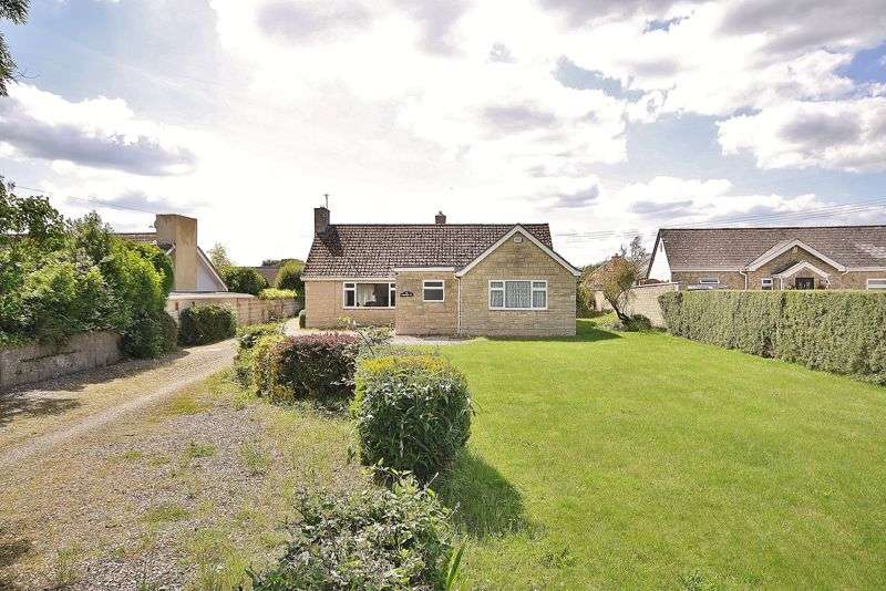 4 Bedrooms Property for sale in Brize Norton Road, Minster Lovell