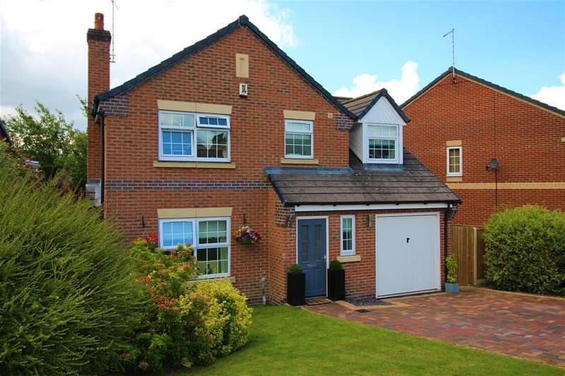 4 Bedrooms Detached House for sale in Hedingham Close, Ilkeston