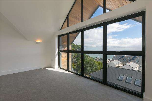 3 Bedrooms End Of Terrace House for sale in Albany Terrace, St. Ives, Cornwall