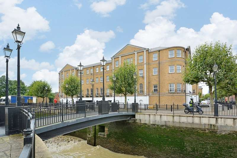 2 Bedrooms Flat for sale in William Square, Rotherhithe