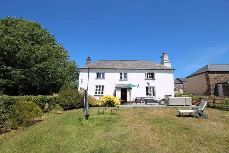 6 Bedrooms Property for sale in MANOR FARM HOUSE, CONVERTED BARNS,ANNXE & LAND - LIFTON
