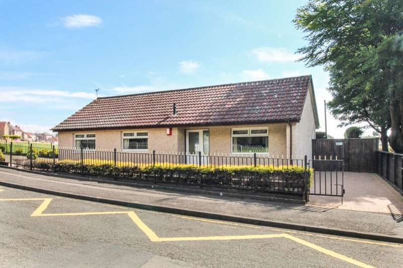 3 Bedrooms Detached Bungalow for sale in Park Drive, Leven, KY8
