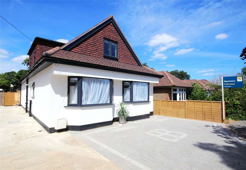 4 Bedrooms Bungalow for sale in Dickens Drive, Rowtown, Surrey, KT15