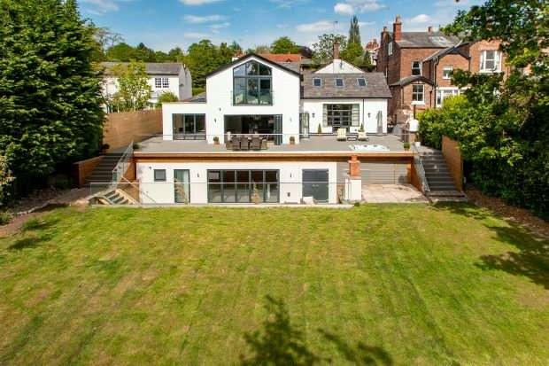 5 Bedrooms Semi Detached House for sale in Langham Road, Bowdon
