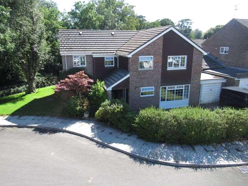 5 Bedrooms Property for sale in 14 Raglande Court, Llantwit Major
