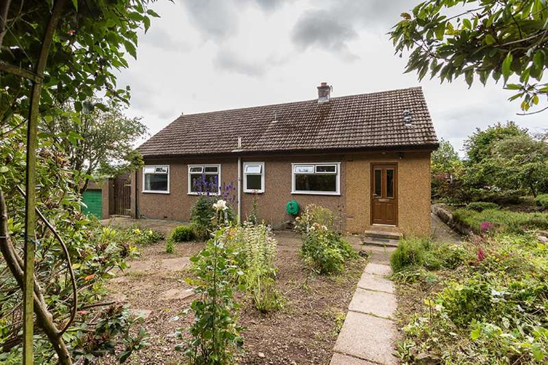 3 Bedrooms Bungalow for sale in , Charleston, Forfar, Angus, DD8 1UF