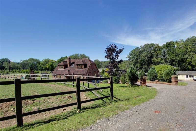 6 Bedrooms Detached House for sale in TRING, Hertfordshire