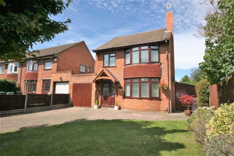 3 Bedrooms Property for sale in Lynmouth Road, Hucclecote, Gloucester