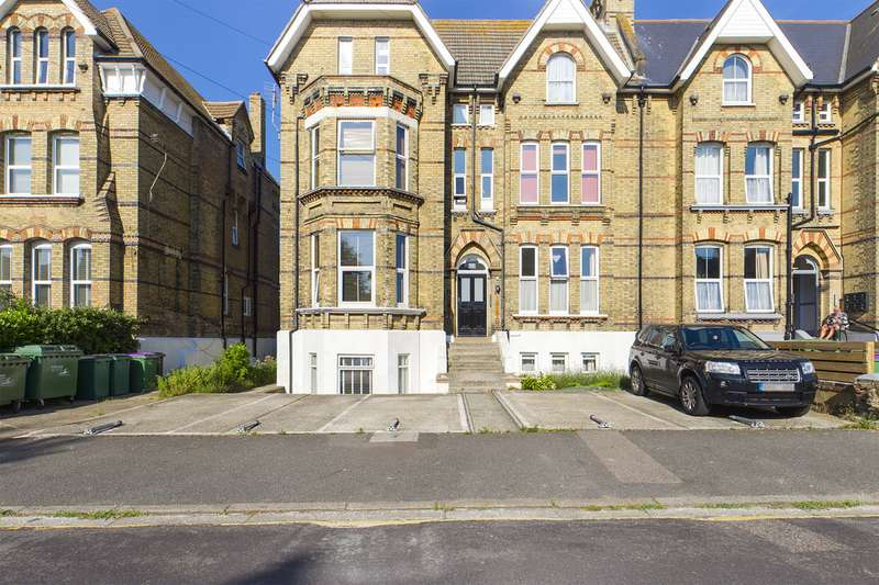 Property for rent in Manor Road, Folkestone CT20