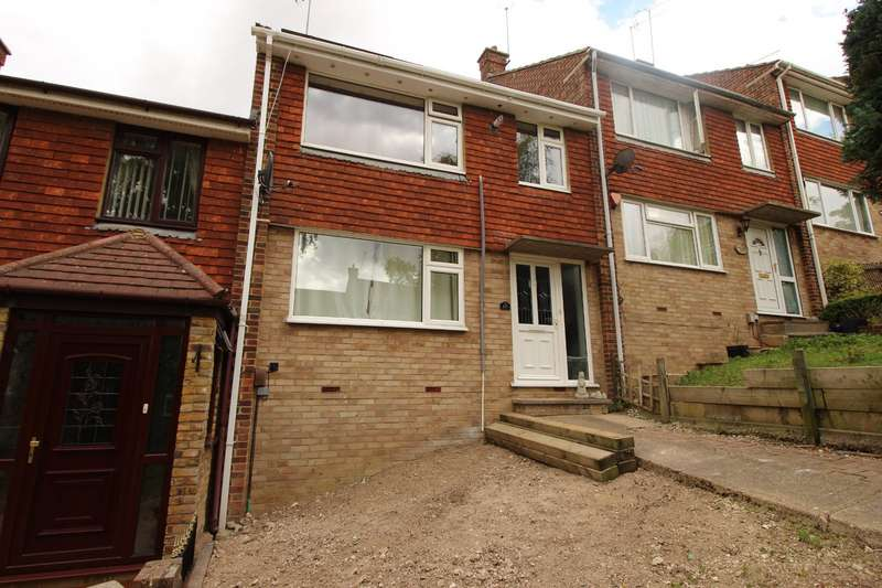 4 Bedrooms House for sale in Sundridge Drive, Chatham, Kent, ME5
