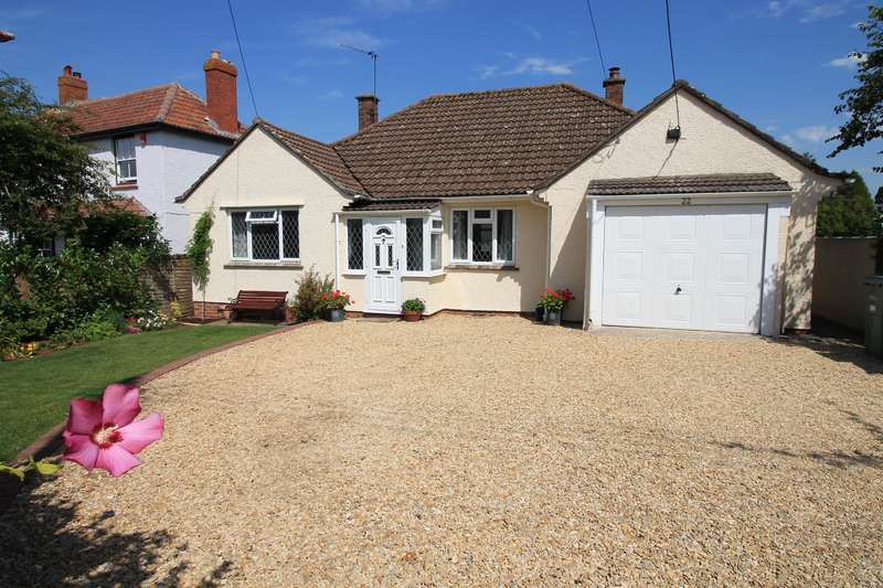 3 Bedrooms Detached Bungalow for sale in Stowey Park, , Yatton, North Somerset