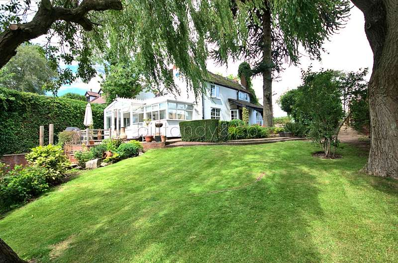 3 Bedrooms Cottage House for sale in Rake Hill, Burntwood, WS7