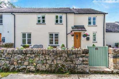 4 Bedrooms Barn Conversion Character Property for sale in Tregarnedd Fawr, Penmynydd Road, Llangefni, Anglesey, LL77