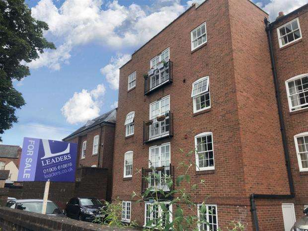 1 Bedroom Apartment Flat for sale in Bath Road, Worcester