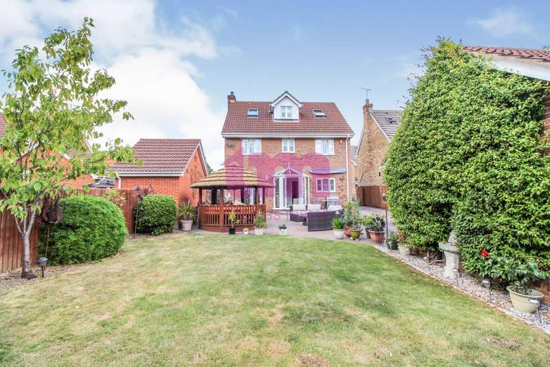 5 Bedrooms Detached House for sale in Dove Close, Chafford Hundred