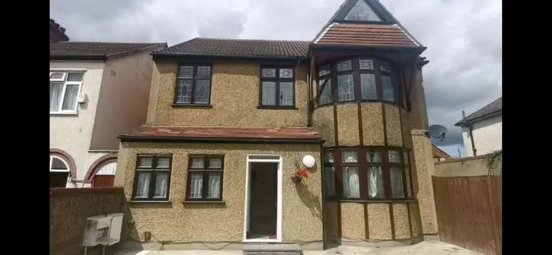 11 Bedrooms Detached House for rent in Church Road, Northolt, UB5 5AR