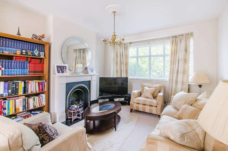 3 Bedrooms Terraced House for sale in Crossways Road, Beckenham, BR3