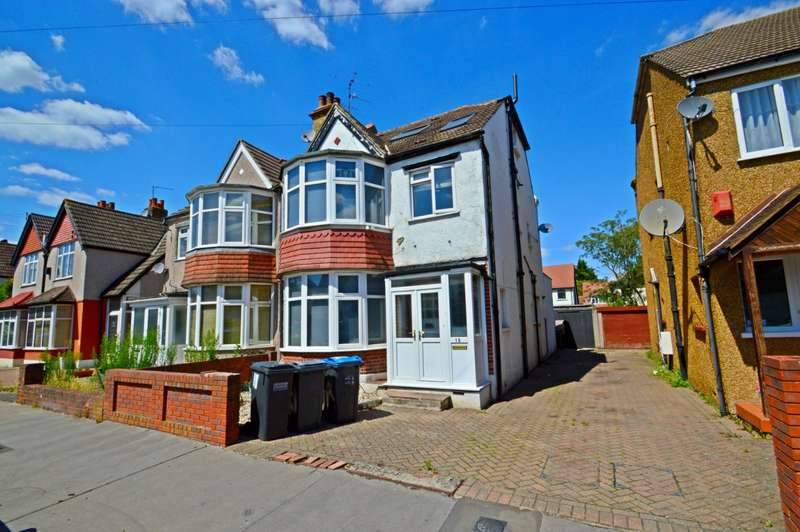 6 Bedrooms Semi Detached House for sale in Meadvale Road, Croydon