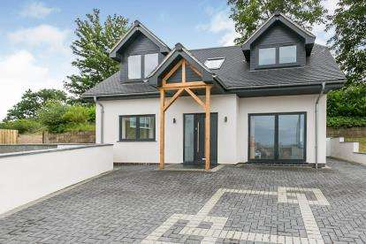 3 Bedrooms Detached House for sale in Tan Y Marian, Llanddulas, Abergele, Conwy, LL22