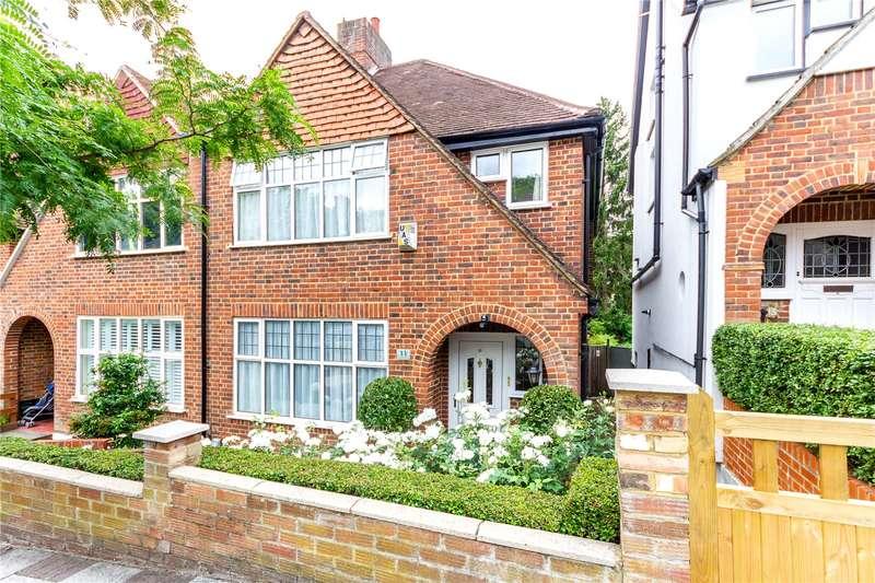 3 Bedrooms Semi Detached House for sale in Milestone Road, London