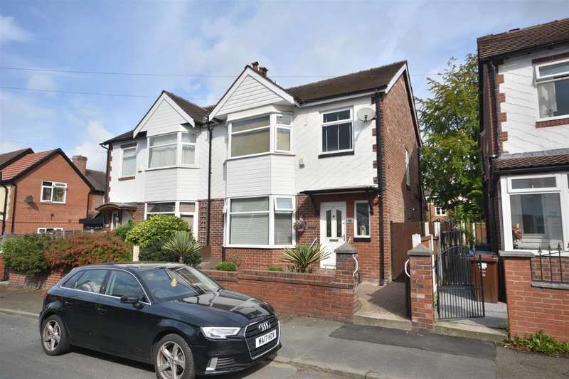 3 Bedrooms Semi Detached House for sale in Russell St, Prestwich