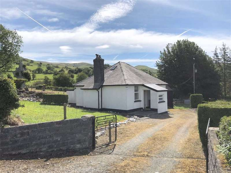 2 Bedrooms Property for sale in Tregaron