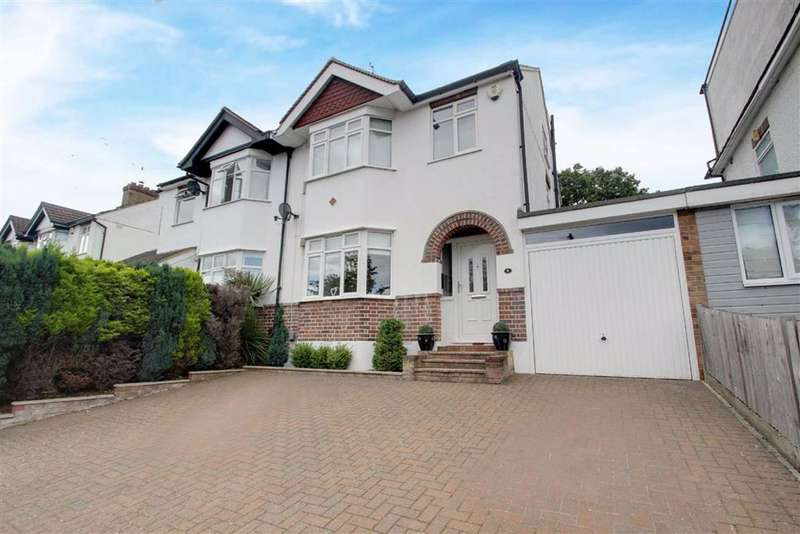 4 Bedrooms Semi Detached House for sale in Kings Langley, Hertfordshire