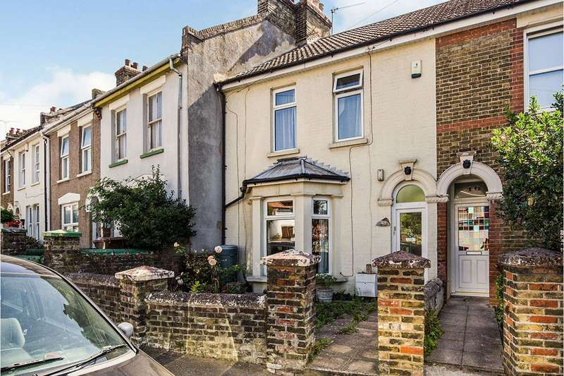 3 Bedrooms House for sale in Jersey Road, Rochester, Kent, ME2