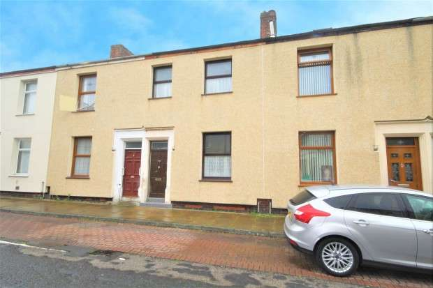 3 Bedrooms Terraced House for sale in Fishwick Parade, Preston, PR1