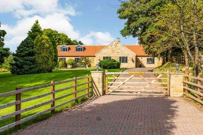 4 Bedrooms Detached House for sale in Ingleby Greenhow, Great Ayton, North Yorkshire