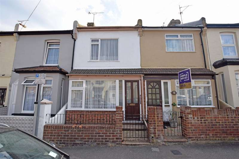 3 Bedrooms Terraced House for sale in Chaucer Road, Gillingham