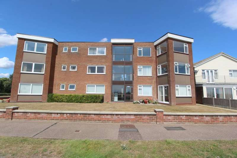 3 Bedrooms Flat for sale in York Mansions, Clacton-On-Sea, CO15 5NZ