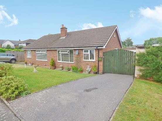 1 Bedroom Bungalow for sale in Foxgrove Drive, Cheltenham, GL52 6TQ