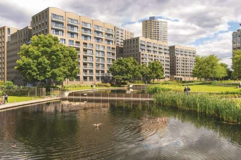 2 Bedrooms Flat for sale in Park Royal, London