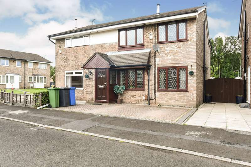 4 Bedrooms Semi Detached House for sale in Broadhurst, Denton, Manchester, Greater Manchester, M34