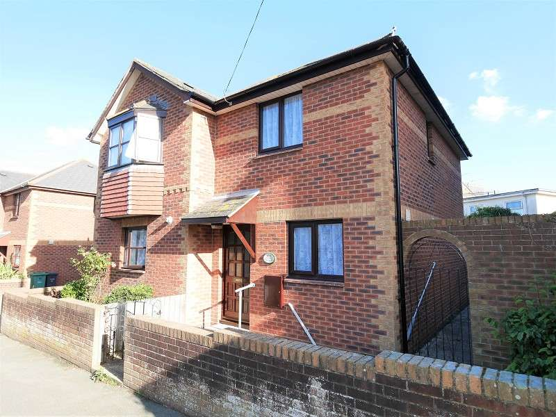 2 Bedrooms Semi Detached House for sale in Carter Street, Sandown, Isle Of Wight. PO36 8BL