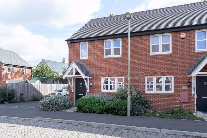 2 Bedrooms Property for sale in Poppy Close, Ambrosden