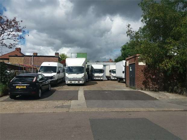 Commercial Property for rent in Prospect Road, Woodford Green, Greater London