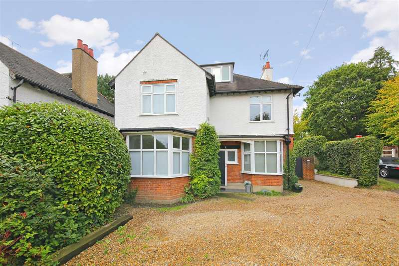 5 Bedrooms Detached House for sale in Shenley Hill, Radlett