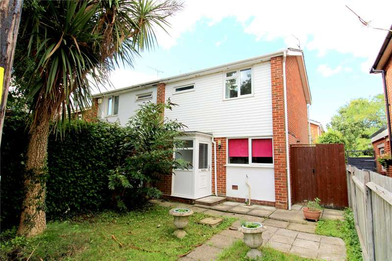 2 Bedrooms Semi Detached House for sale in Kings Arms Lane, Ringwood, Hampshire, BH24
