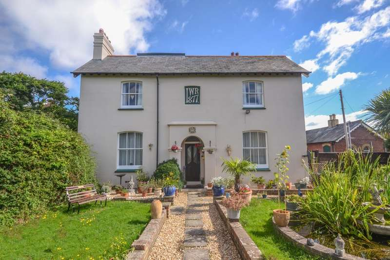 3 Bedrooms Detached House for sale in Station Road, Brading