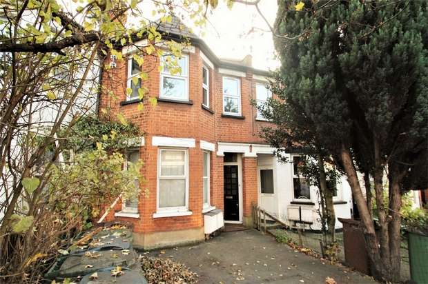 2 Bedrooms Flat for rent in Pinner Road, Harrow, Middlesex